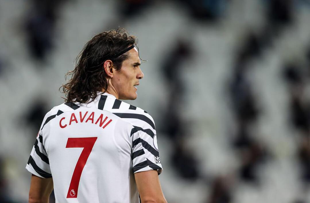 Manchester United's Edinson Cavani can return against Burnley